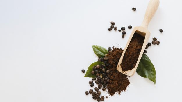 Cara membuat masker dari kopi dan gula pasir freepik.com