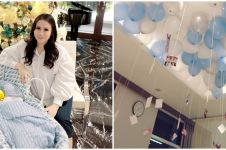 8 Momen penyambutan Momo Geisha pulang dari RS usai melahirkan, meriah