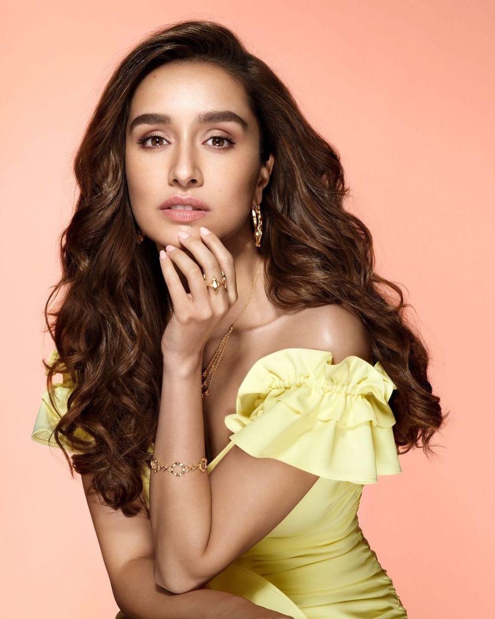 Seleb Bollywood rilis lagu dan album © 2020 brilio.net