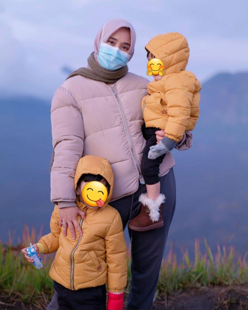 Momen seru liburan Ryana Dea dan keluarga © 2020 brilio.net