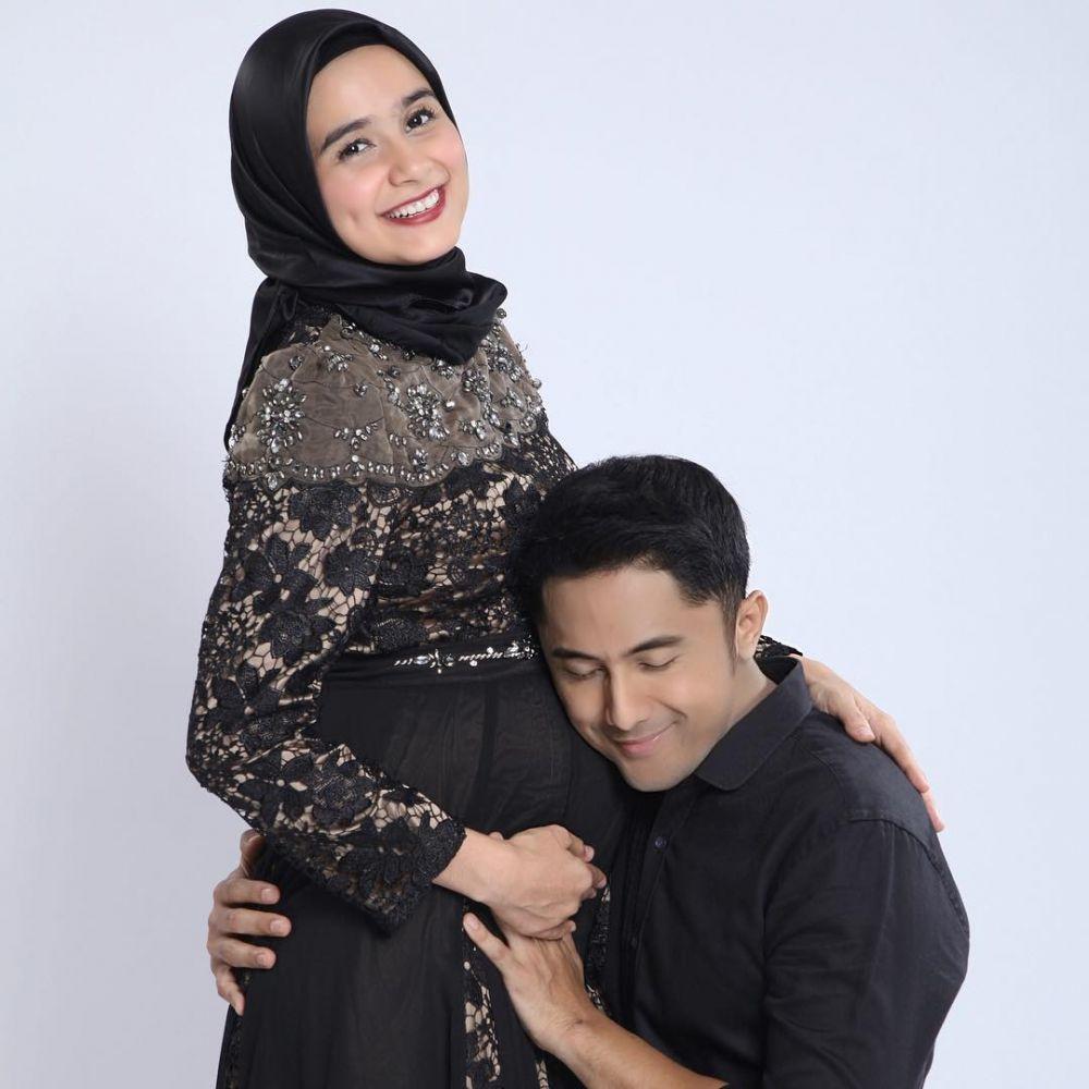maternity seleb menikah dengan abdi negara © 2020 brilio.net