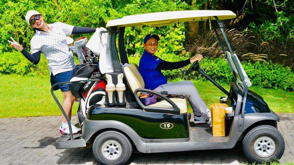 Liburan Andhika dan Ussy di Bali © 2020 brilio.net