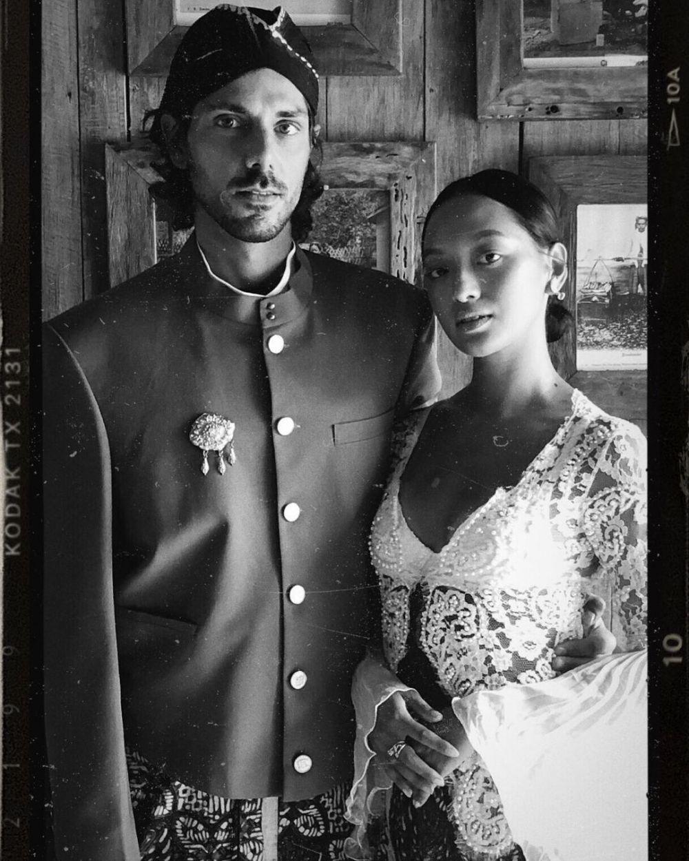 Asmara Abigail dan pacar bule © 2020 Instagram