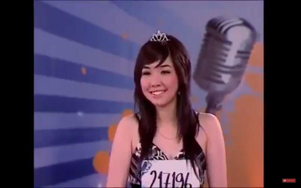 Penyanyi jebolan Idol saat audisi © YouTube