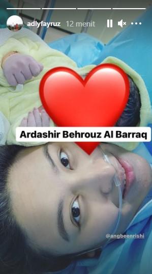 Momen Angbeen Rishi melahirkan © Instagram