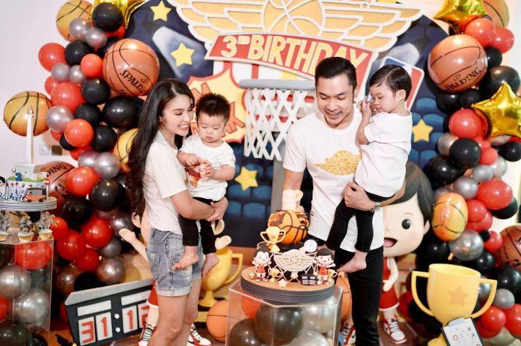 10 Momen seru ulang tahun Raphael anak Sandra Dewi, sempat ada insiden