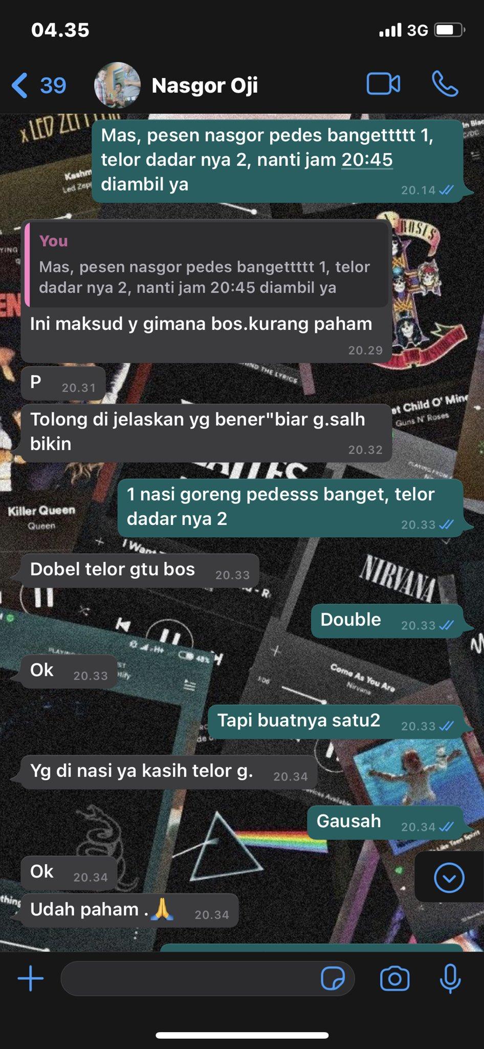 Chat pesan makanan © berbagai sumber