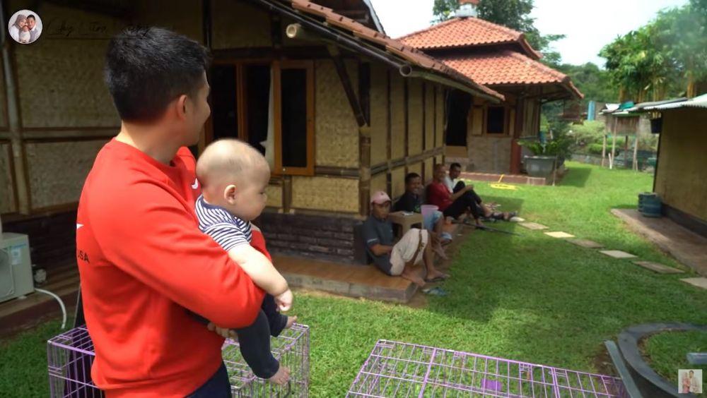 vila keluarga Citra Kirana © YouTube