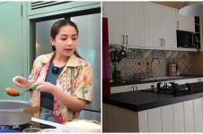 10 Potret dapur Nagita Slavina usai direnovasi, ada akuarium besar