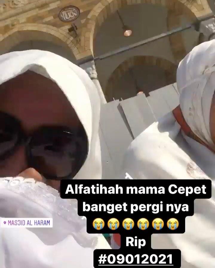 Ditinggal meninggal ayah dan ibu Ratu Meta sedih Instagram