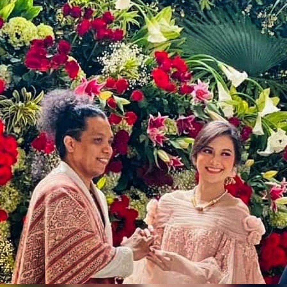 Momen pernikahan Arie Kriting dan Indah Permatasari © Instagram