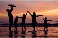 40 Kata-kata motivasi membahagiakan keluarga, penuh pesan dalam