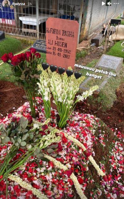 Farida Pasha meninggal dunia © 2021 brilio.net