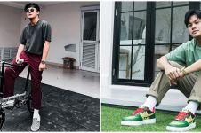 7 Gaya OOTD dengan sneakers ala Rizky Febian, kece maksimal