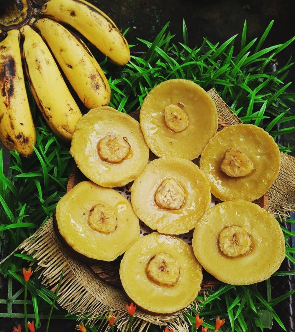 resep kue pisang tanpa oven © Instagram