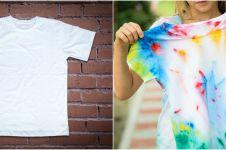 Cara membuat motif tie dye pada kaos polos, kekinian & antigagal