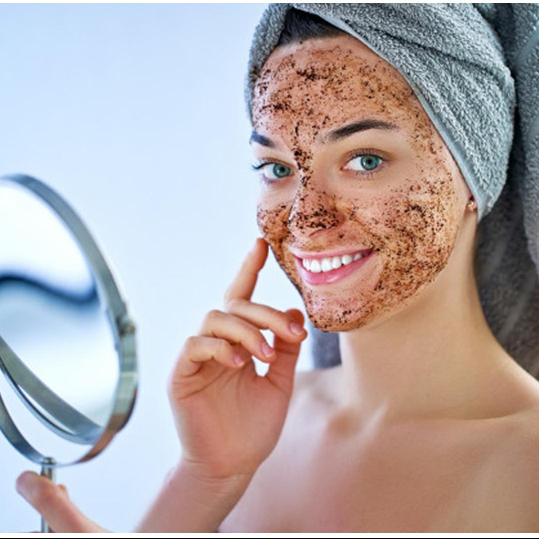 Cara membuat masker kopi dan minyak kelapa, bisa melembapkan kulit