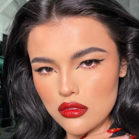 6 Tren makeup yang diprediksi digemari di 2021, flawless dan cerah
