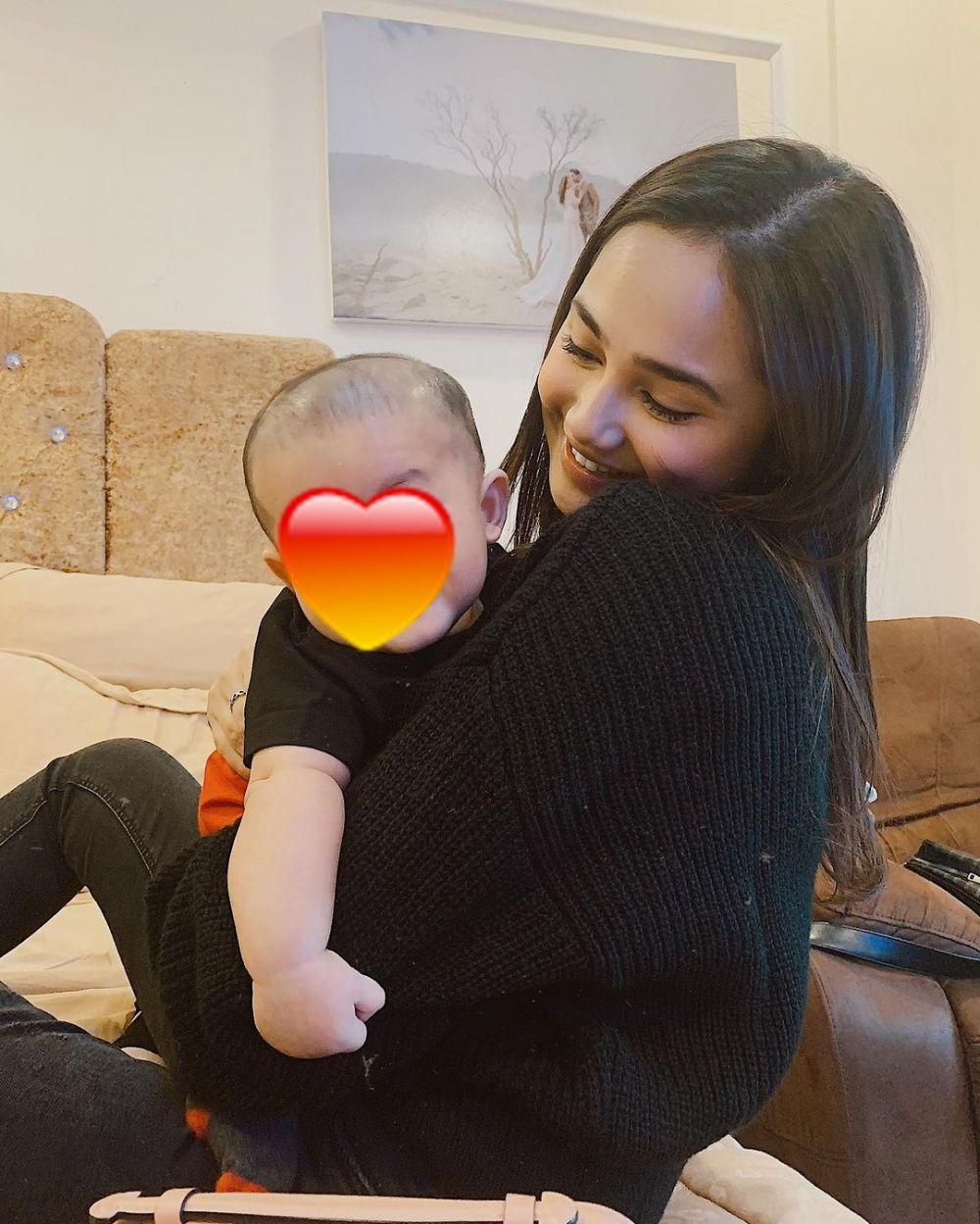 seleb dekat dengan keponakan pacar © Instagram