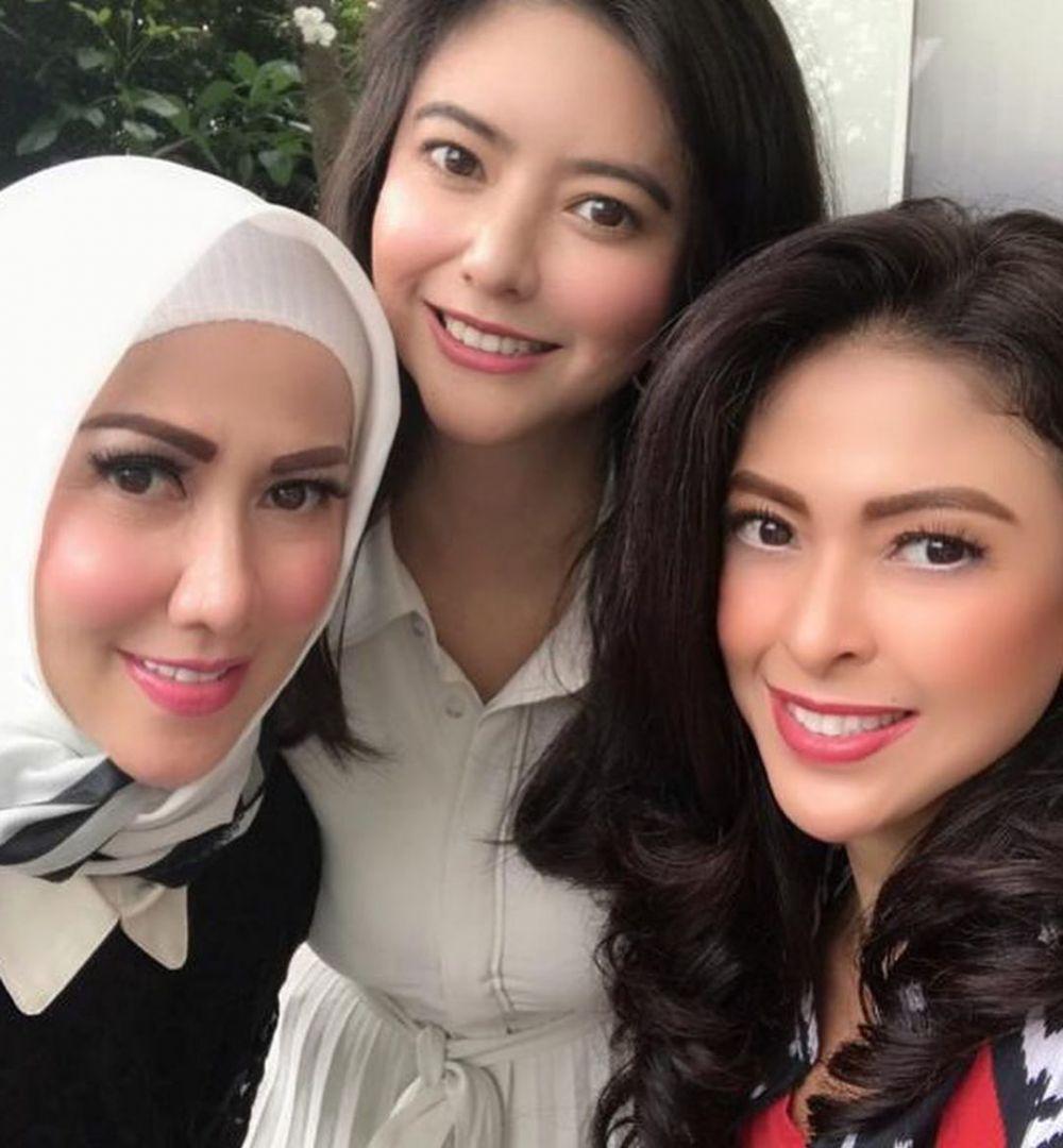 potret persahabatan Puteri Indonesia © Instagram