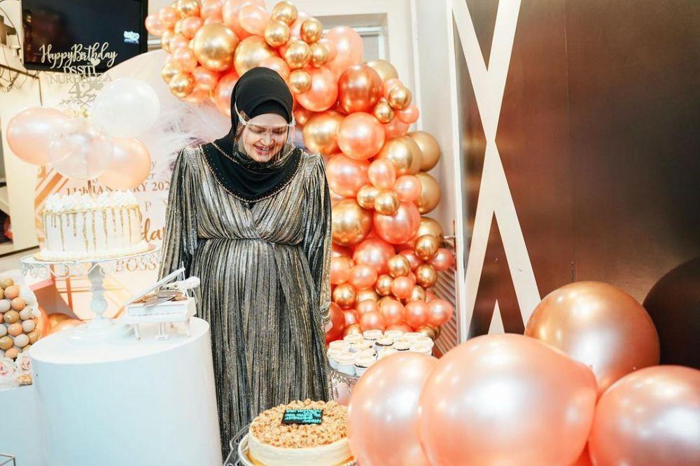 Momen kejutani ultah Siti Nurhaliza © Instagram