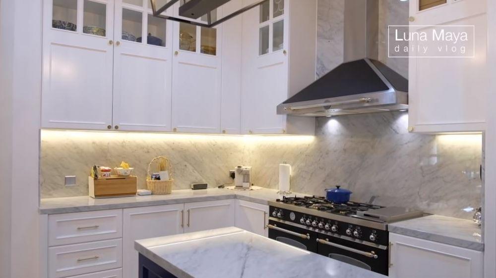 dapur baru Luna Maya © 2021 brilio.net