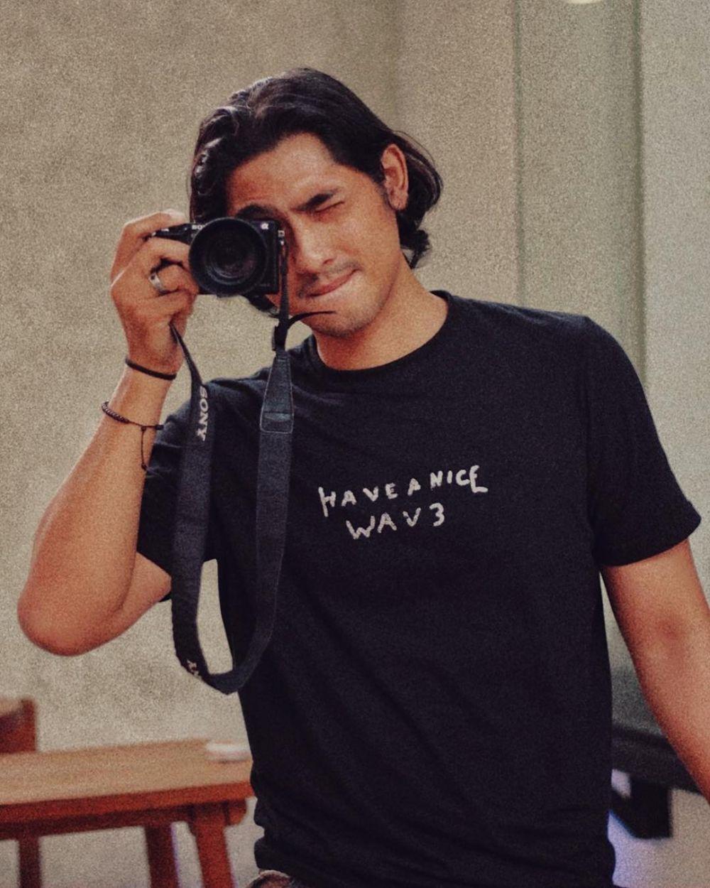 Arya Saloka berewok dan gondrong © Instagram