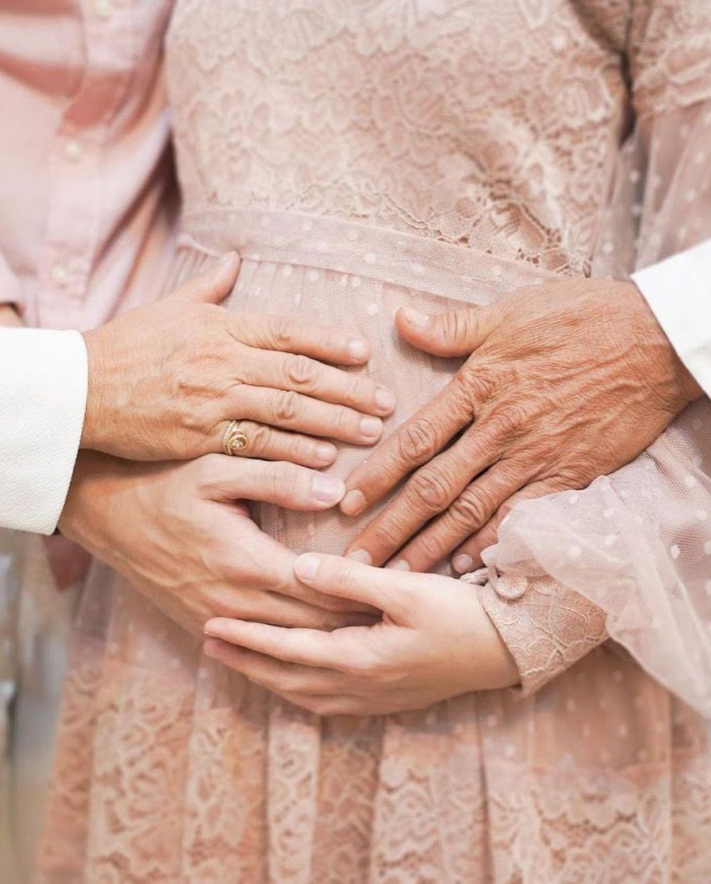 tasyakuran 4 bulan kehamilan Dinda Hauw Instagram