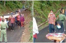 Aksi viral warga antar seserahan nikah, bak evakuasi bencana