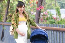 8 Gaya kece OOTD maternity Louise Anastasya, bisa jadi inspirasi