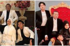 10 Momen pemotretan keluarga Sule dengan tema hitam putih, elegan