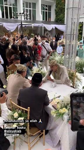 Momen akad nikah Ali Syakieb dan Margin © 2021 brilio.net