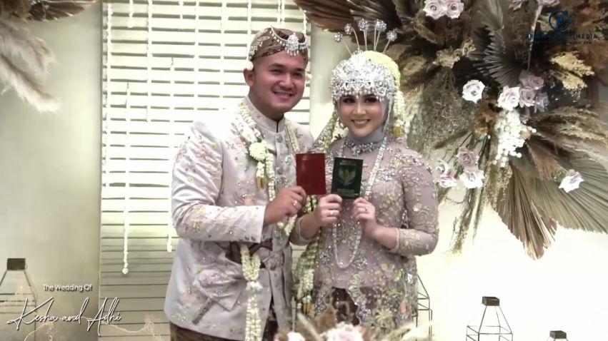 Momen akad nikah Kesha Ratuliu © Instagram & YouTube