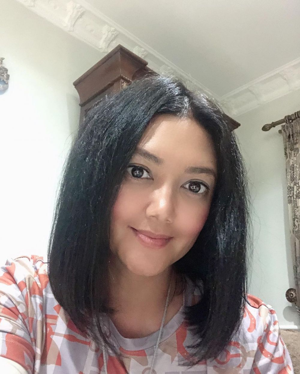 Bella Saphira rambut baru © Instagram