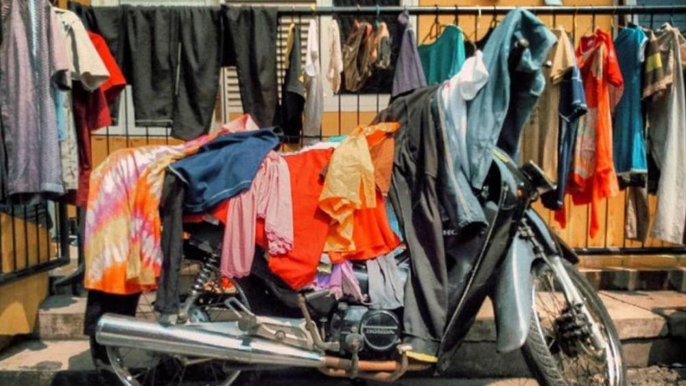 tempat menjemur pakaian nggak biasa Berbagai sumber