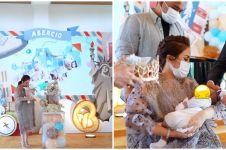 8 Momen acara selapanan anak Momo Geisha, penuh kehangatan