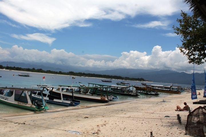 4 Destinasi wisata staycation di Indonesia, dari Sabang sampai Moyo