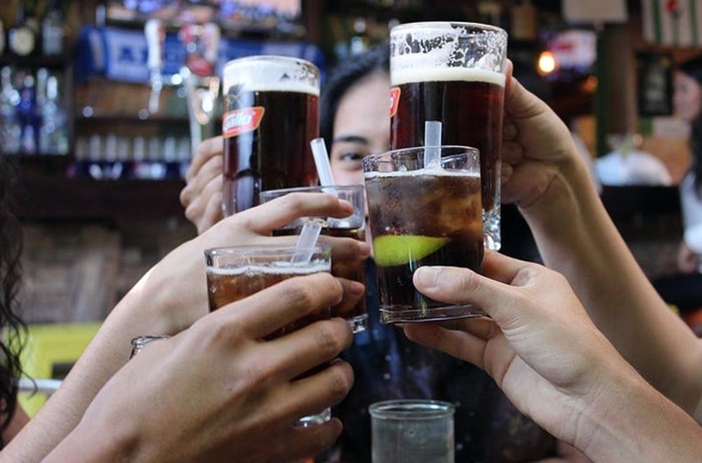 Cara bijak mengonsumsi alkohol © 2021 brilio.net