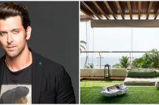 Potret rumah pinggir pantai milik 5 seleb Bollywood, cozy banget
