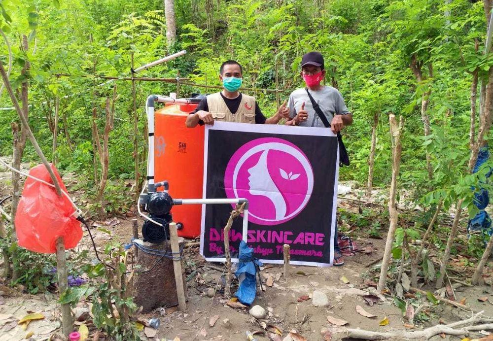 Bantu korban gempa tim relawan bangun toilet © 2021 brilio.net