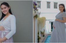 10 Gaya outfit Ana Riana saat hamil, stylish abis