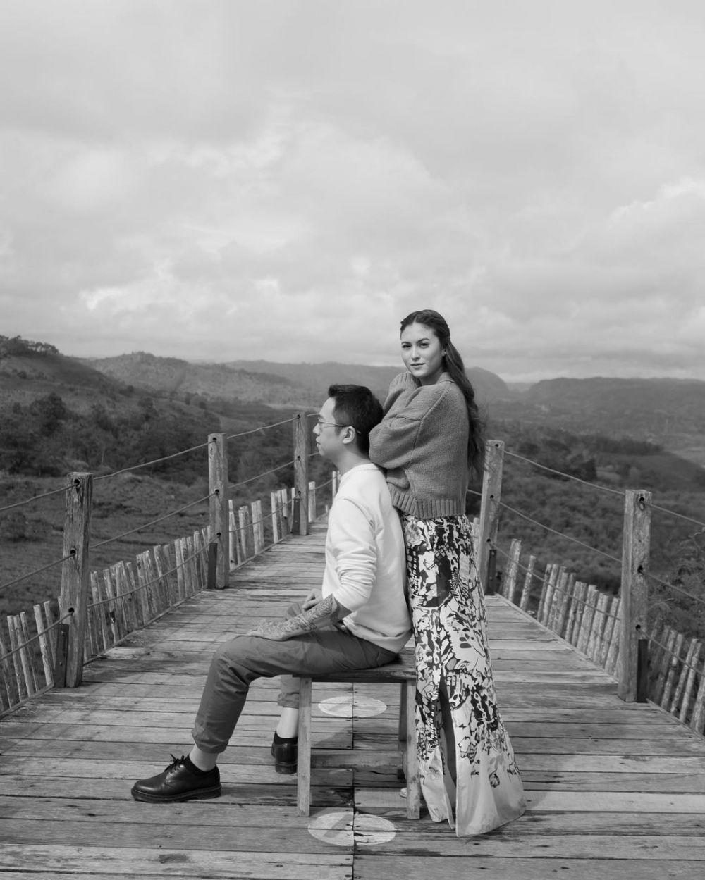 Kemesraan Marcella Daryanani dan suami dari pacaran © Instagram