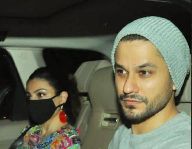 seleb kunjungi Kareena Kapoor usai melahirkan © 2021 brilio.net