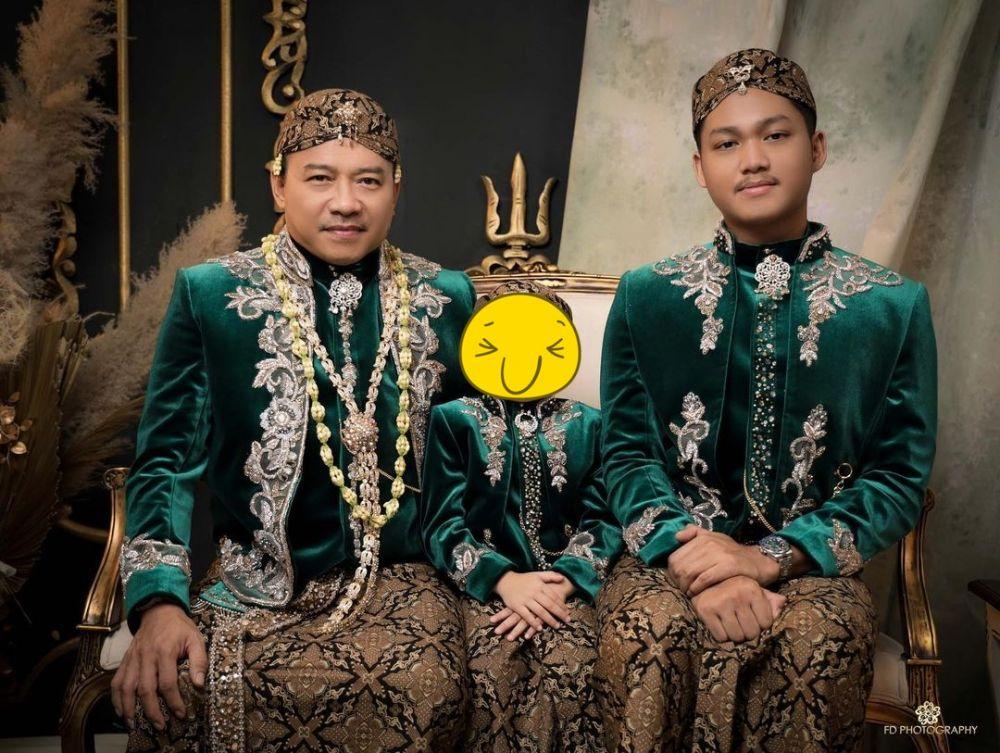 Pemotretan Ashanty dan Anang Hermansyah ala pengantin Jawa  © Instagram & YouTube