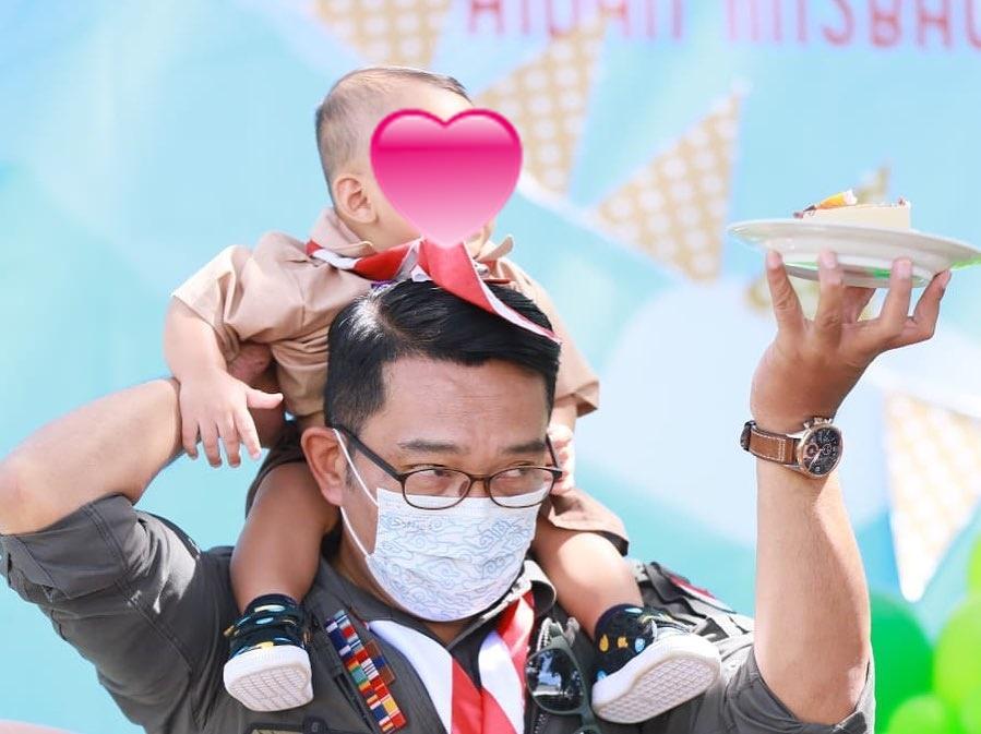 Ridwan Kamil Rayakan ultah ke-1 anak angkat Instagram