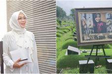 6 Potret persiapan pemakaman Rina Gunawan