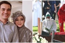 9 Potret ketegaran Teddy Syach di pemakaman Rina Gunawan