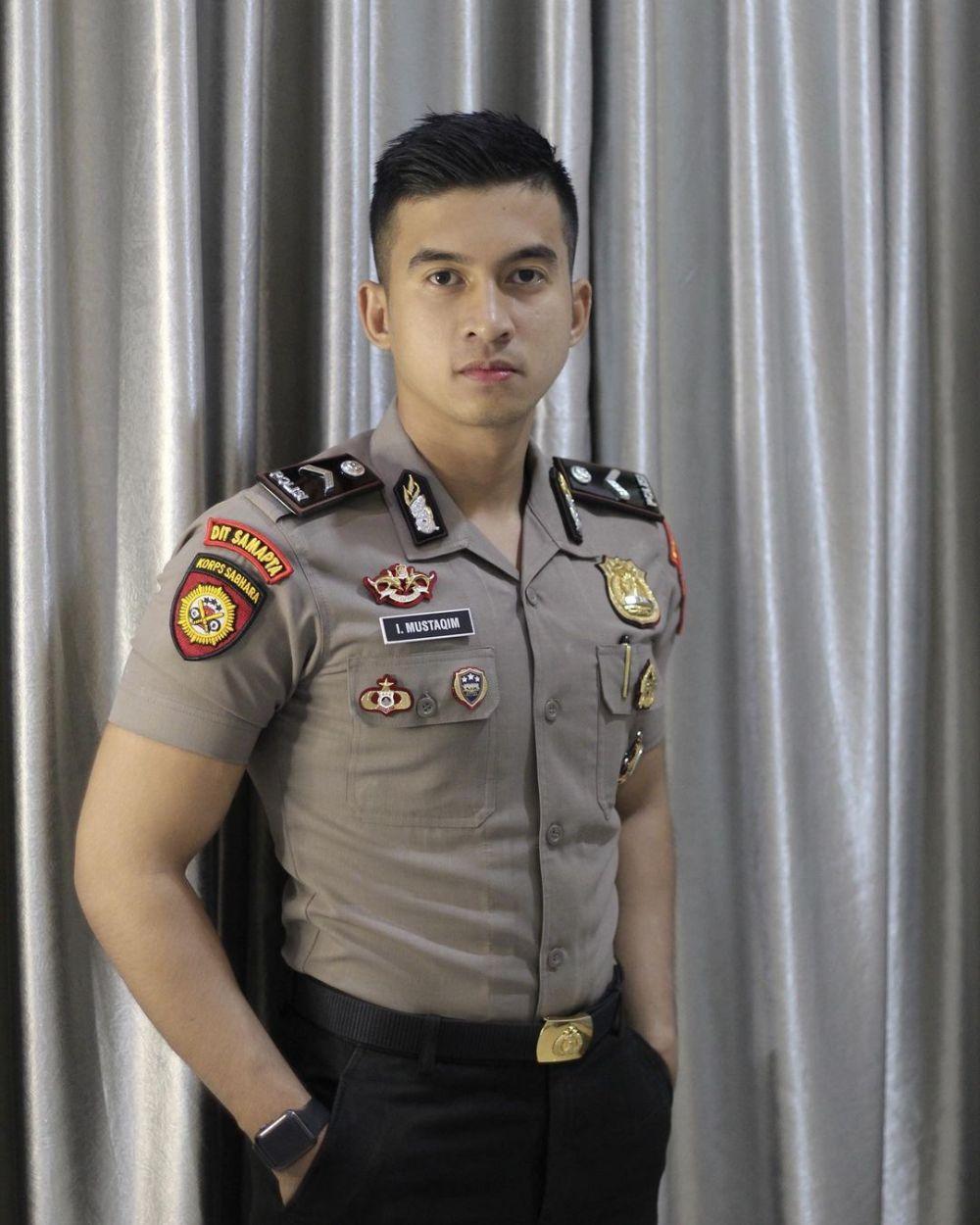 polisi mirip ali syakieb © Instagram