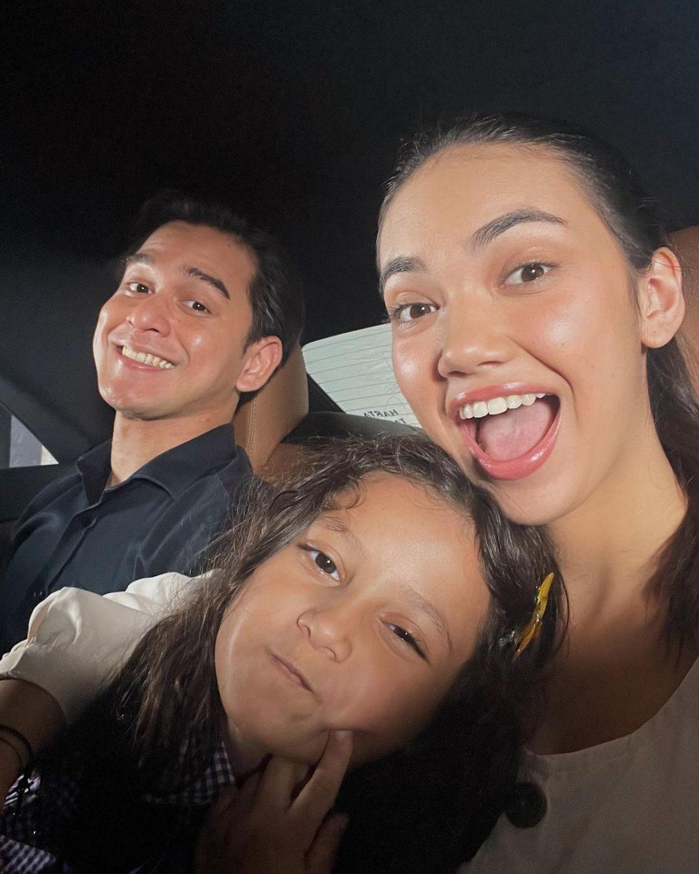 Keluarga di sinetron harmonis © Instagram