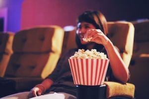 5 Hack nonton film di HP bak serasa di bioskop, tak perlu modal besar
